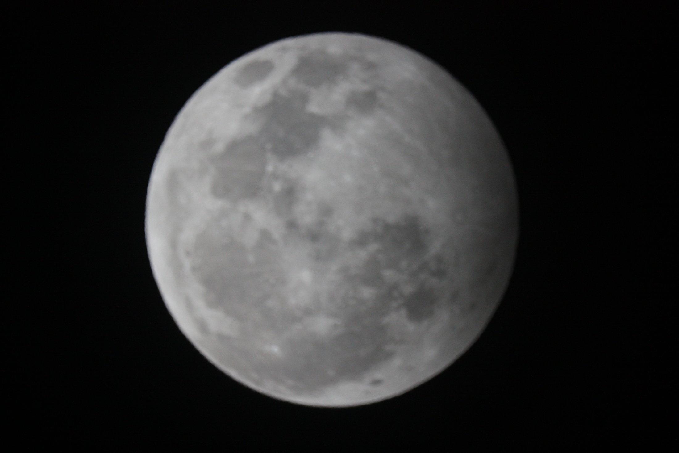 Eclipse Penumbral de Luna - Joan Grados