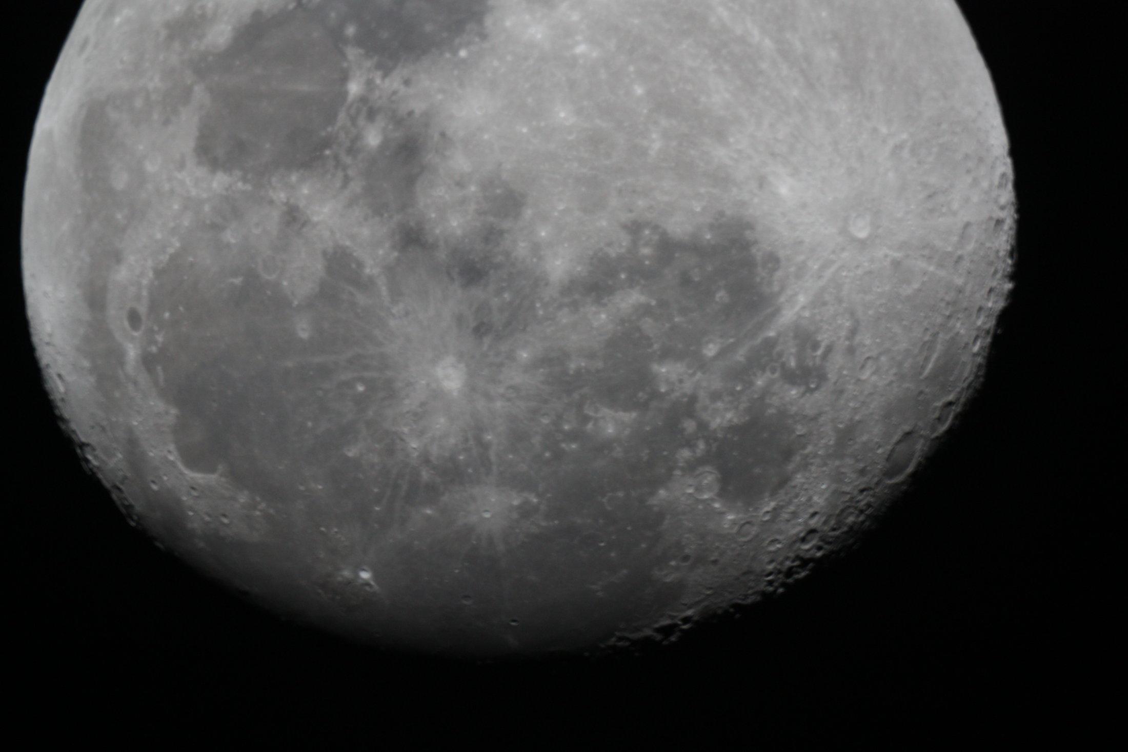 Lluna - Joan Grados