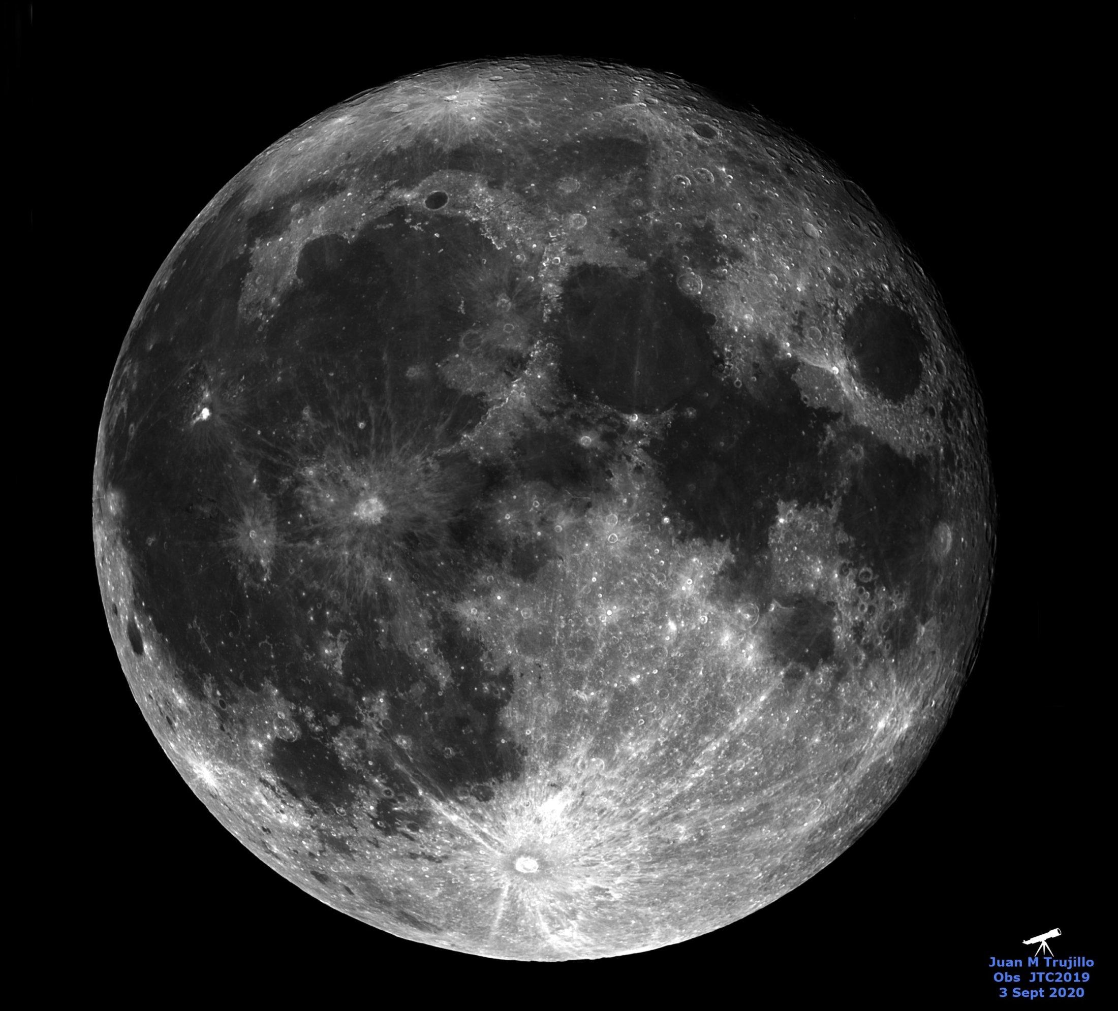 Luna - Juan Trujillo